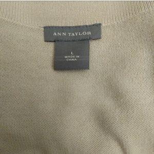 8e4341e8235 Ann Taylor Dresses - Ann Taylor Tie Waist V-Neck Sweater Dress